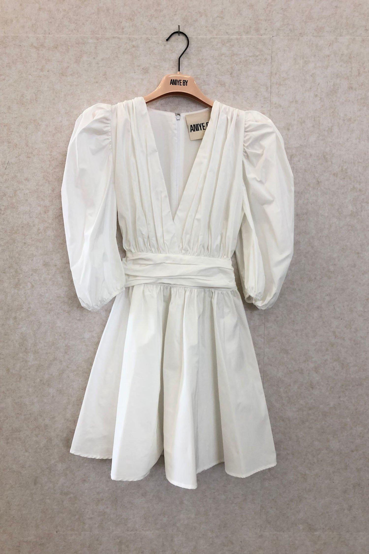 DRESS TAFFY