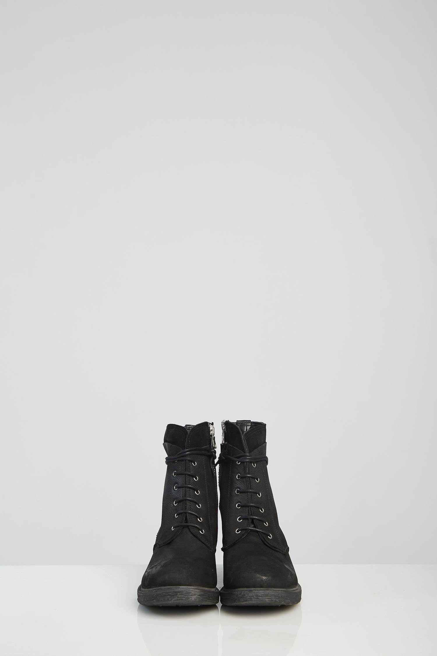 LILA BOOTS